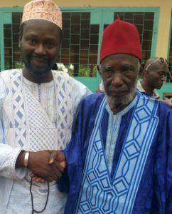 Le professeur marabout sakoba avec son père